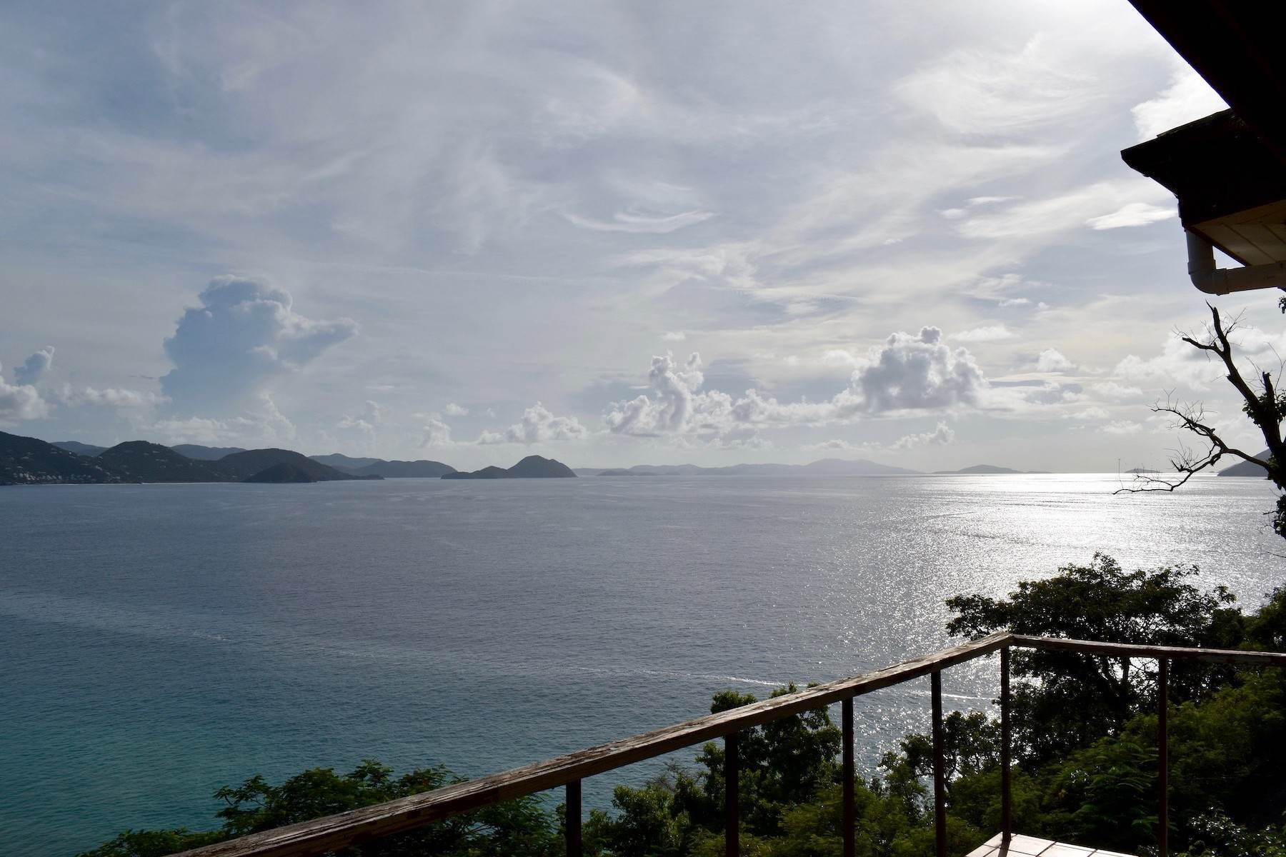 8. Single Family Homes for Sale at Cannon Point Cottage Cannon Point Sunset Cottage Cane Garden Bay, Tortola VG1110 British Virgin Islands