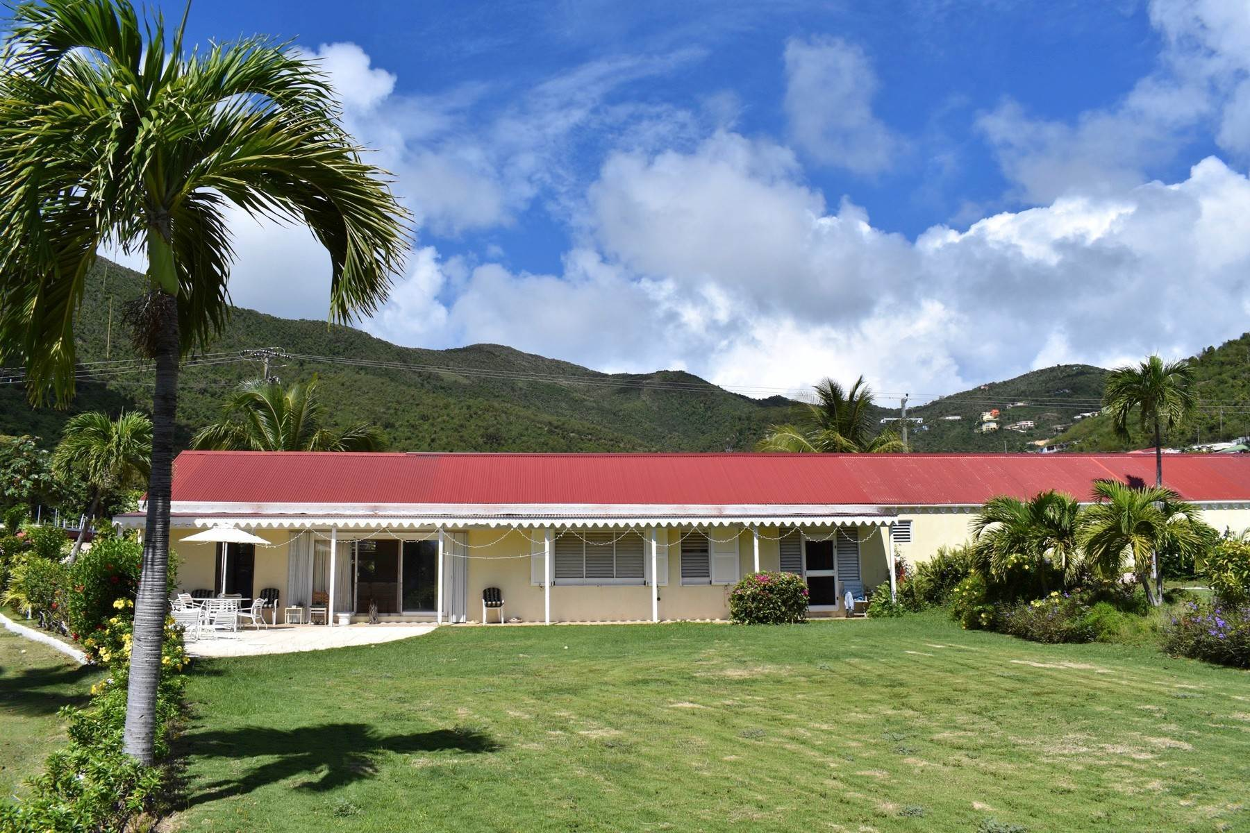 Multi-Family Homes por un Venta en Sea Cows Bay, Tortola Islas Vírgenes Británicas