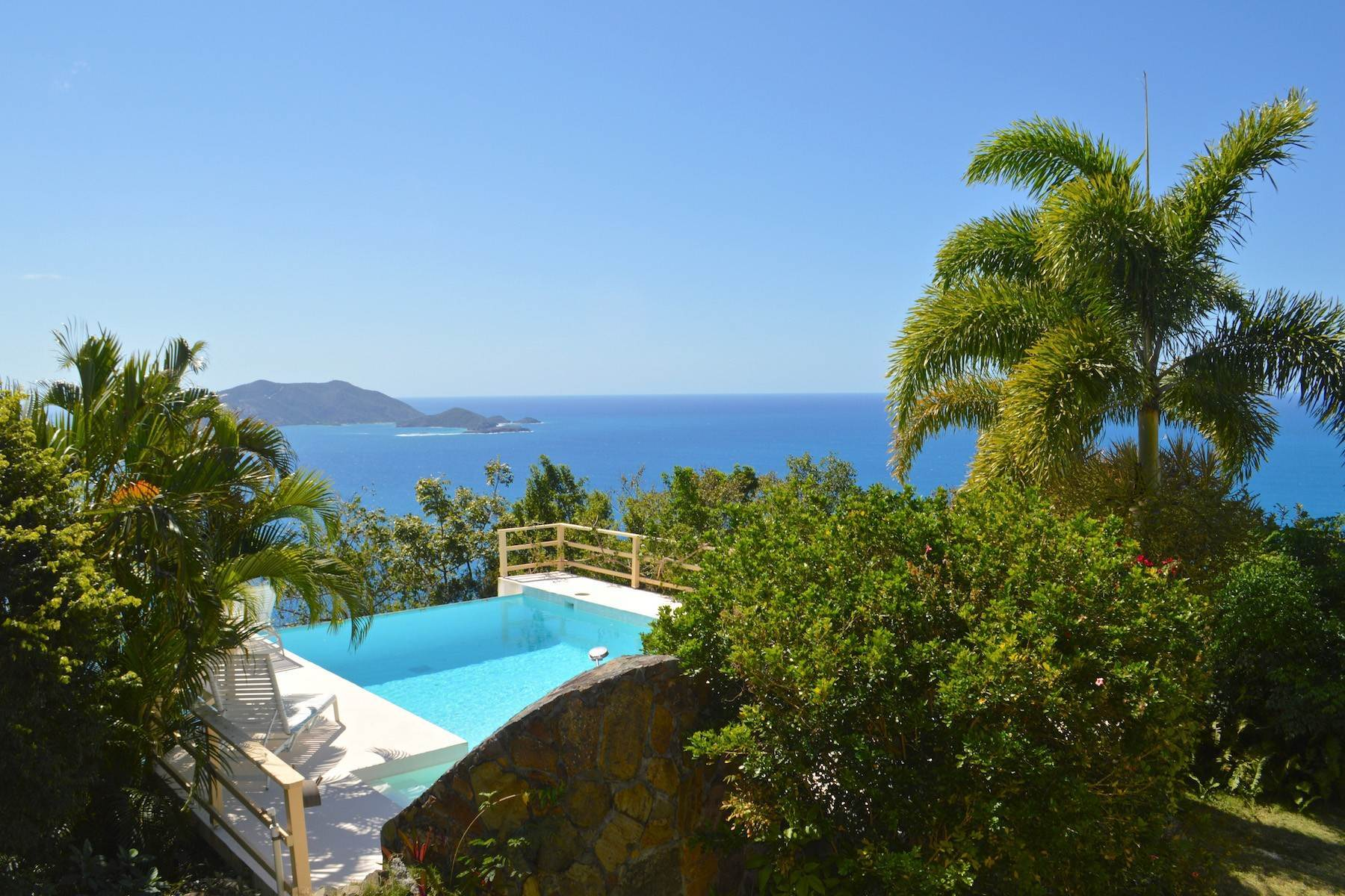 18. Single Family Homes for Sale at Cane Garden Bay, Tortola British Virgin Islands