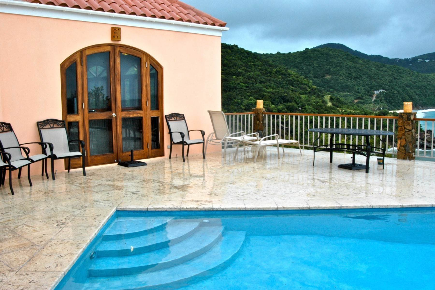 8. Single Family Homes for Sale at Little Bay, Tortola British Virgin Islands