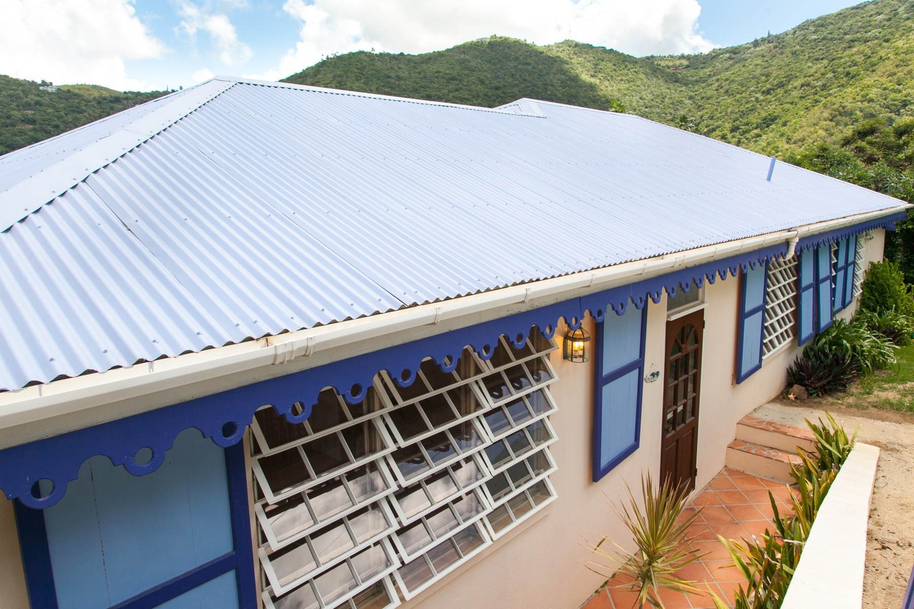 4. Single Family Homes for Sale at Brewers Bay, Tortola British Virgin Islands