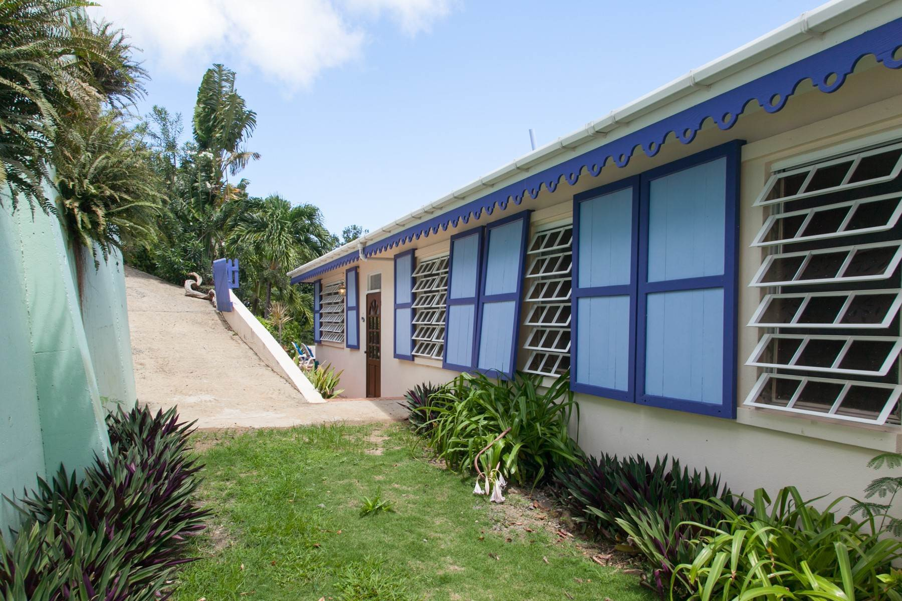 26. Single Family Homes for Sale at Brewers Bay, Tortola British Virgin Islands