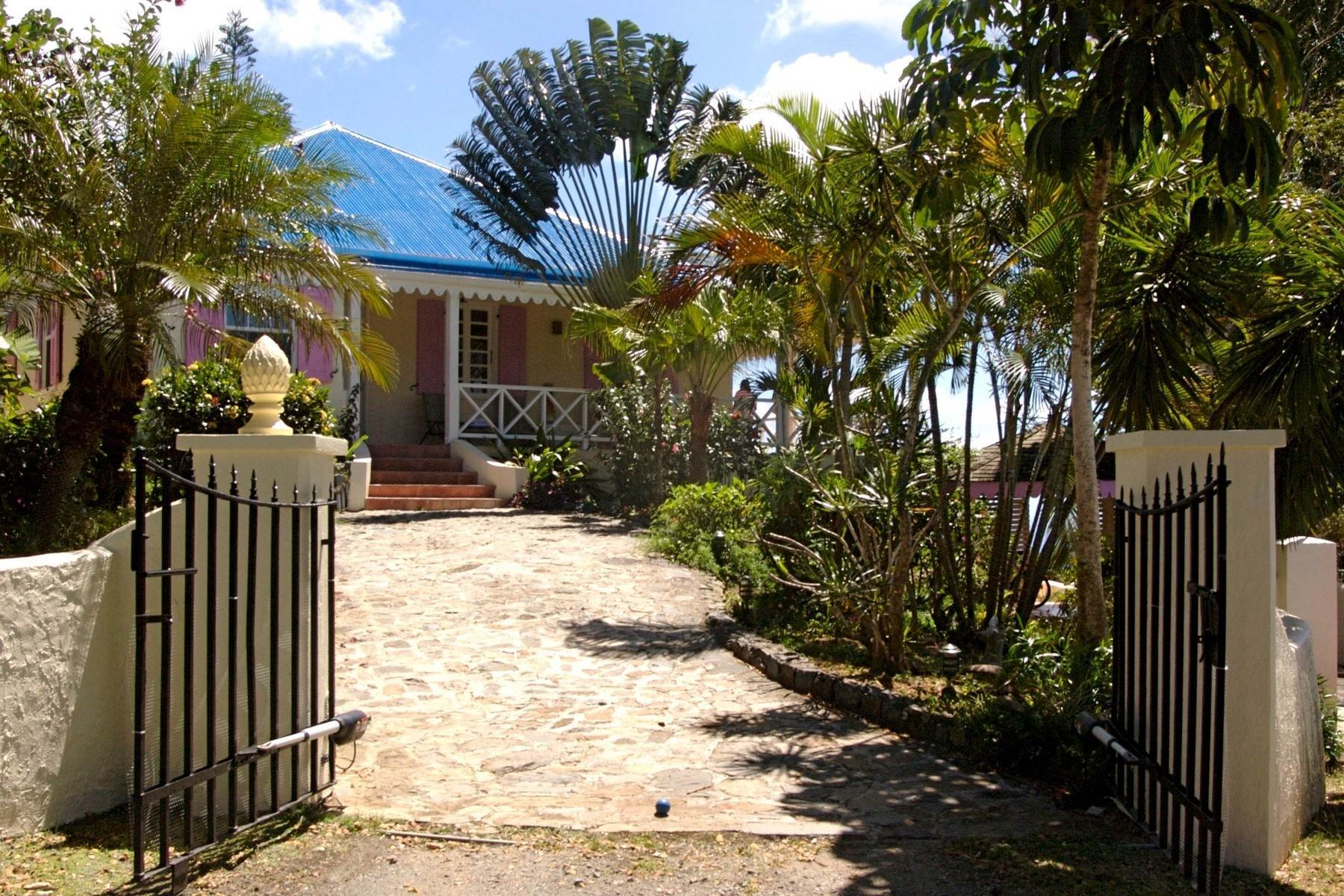 Single Family Homes pour l Vente à Ridge Road, Tortola Iles Vierges Britanniques
